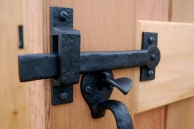 Double Thumb Latch (inside view)