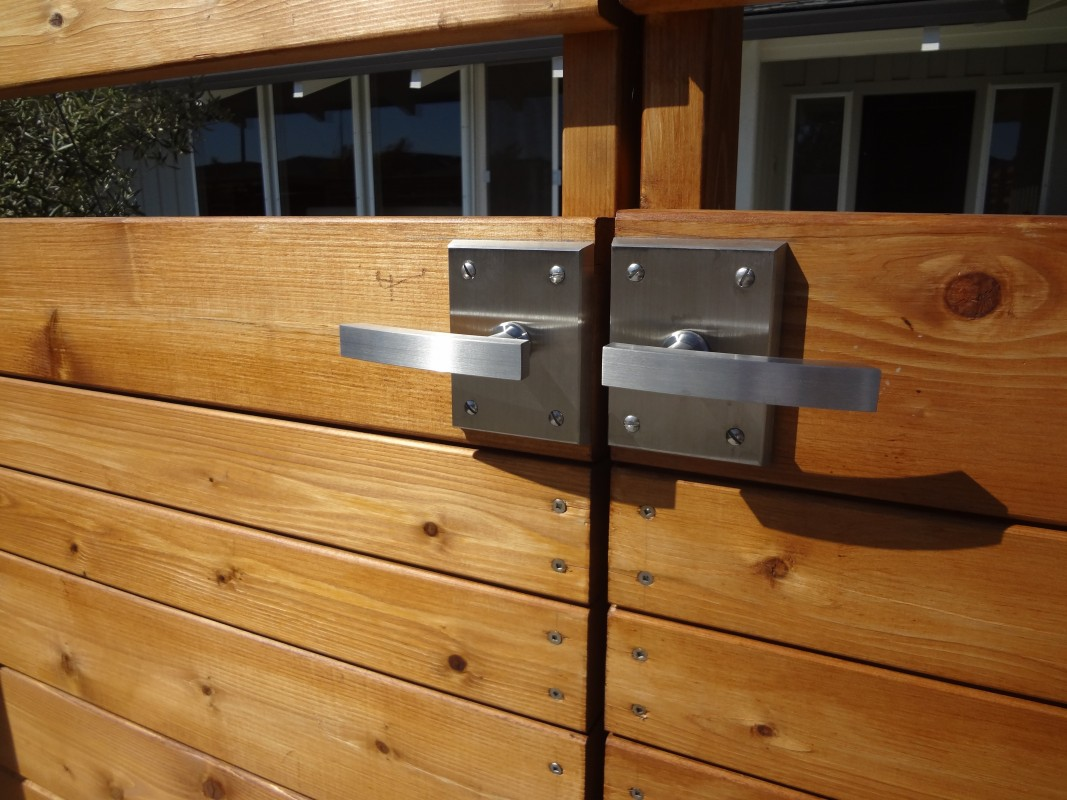 Double Gate Hardware with 316 Marine Grade Stainless Steel Alta Gate Latch